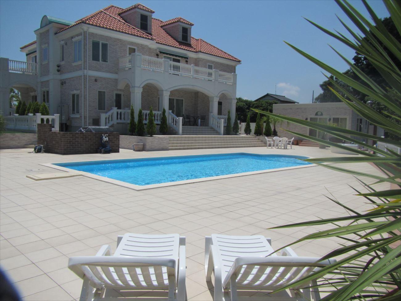 プール付きの家 イメージ画像9