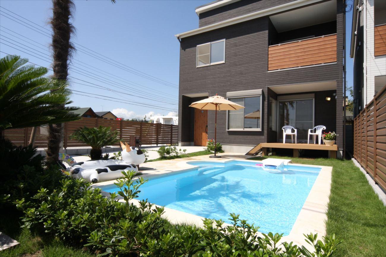 プール付きの家 イメージ画像3
